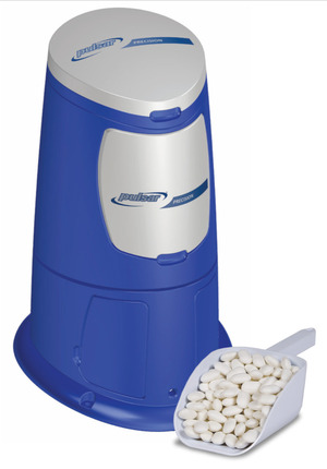 New Precision All-in-One Feeder is 99% Self Cleaning